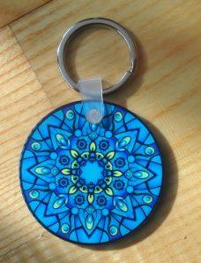 Kék mandalás kulcstartó