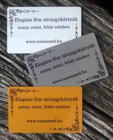 Elegáns fém névjegykártya (ezüst színű)