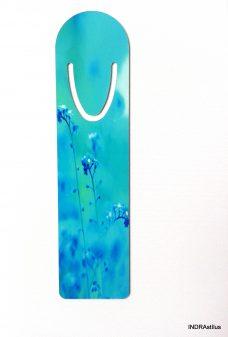 Kék virágos könyvjelző